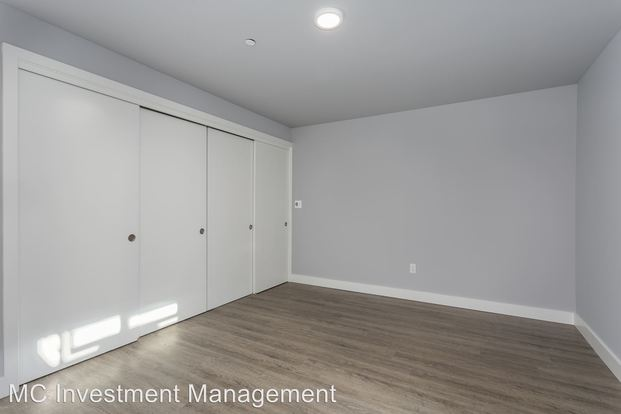 1 Bedroom 1 Bathroom Apartment for rent at 1500 16th Avenue in Seattle, WA
