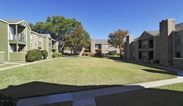 Similar Apartment at 550 Heimer Rd Apt 1128 & The Canopy Apartments San Antonio TX