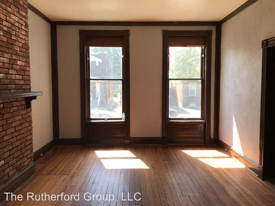 2 Bedrooms 1 Bathroom Apartment for rent at 3465 Montana Street in St Louis, MO