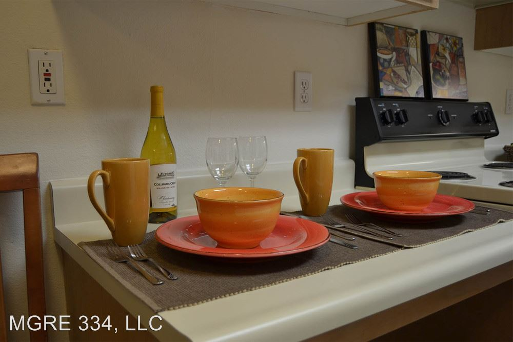 1 Bedroom 1 Bathroom Apartment for rent at 334 Wells Ave South in Renton, WA