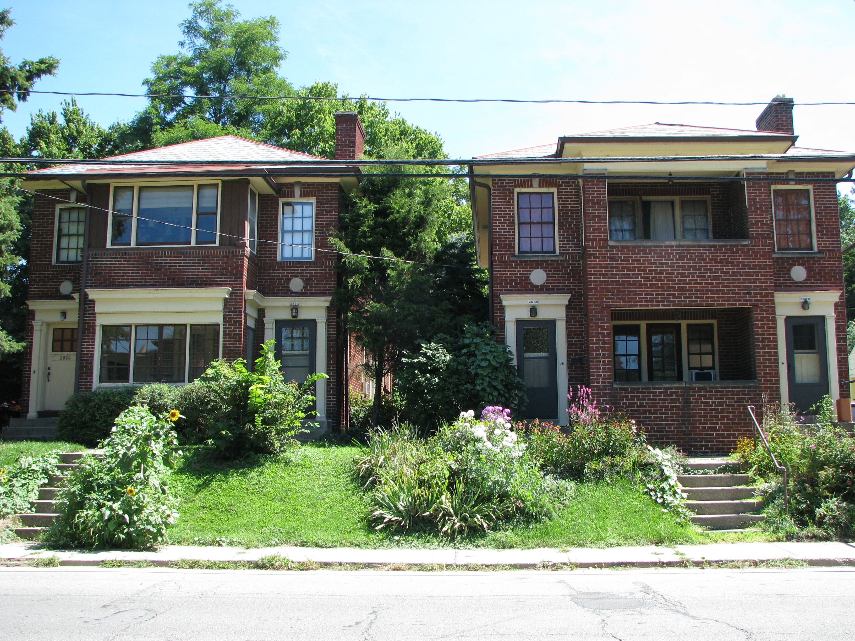 2530 – 2536 Neil Avenue