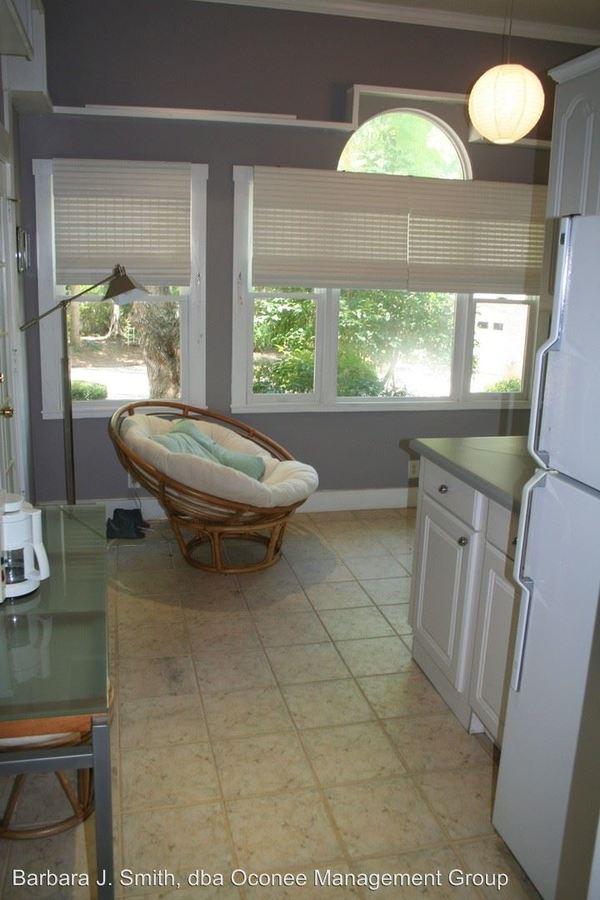 1 Bedroom 1 Bathroom Apartment for rent at 149 Cedar Cove Drive in Lake Oconee Putnam County, GA