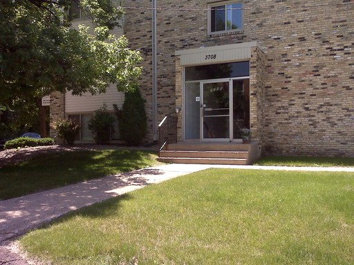 1 Bedroom 1 Bathroom Apartment for rent at 3620 West 32nd St in Minneapolis, MN