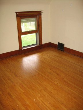 5 Bedrooms 2 Bathrooms Apartment for rent at 1071 12th Ave SE in Minneapolis, MN