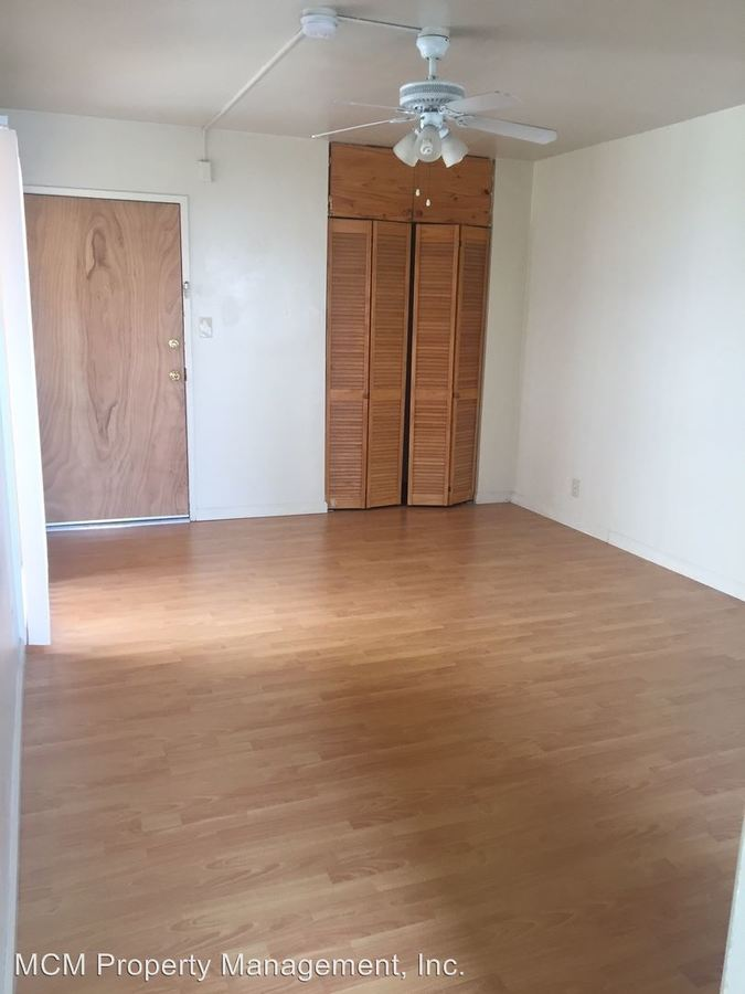 Studio 1 Bathroom Apartment for rent at 1819 N Ivar Ave in Los Angeles, CA