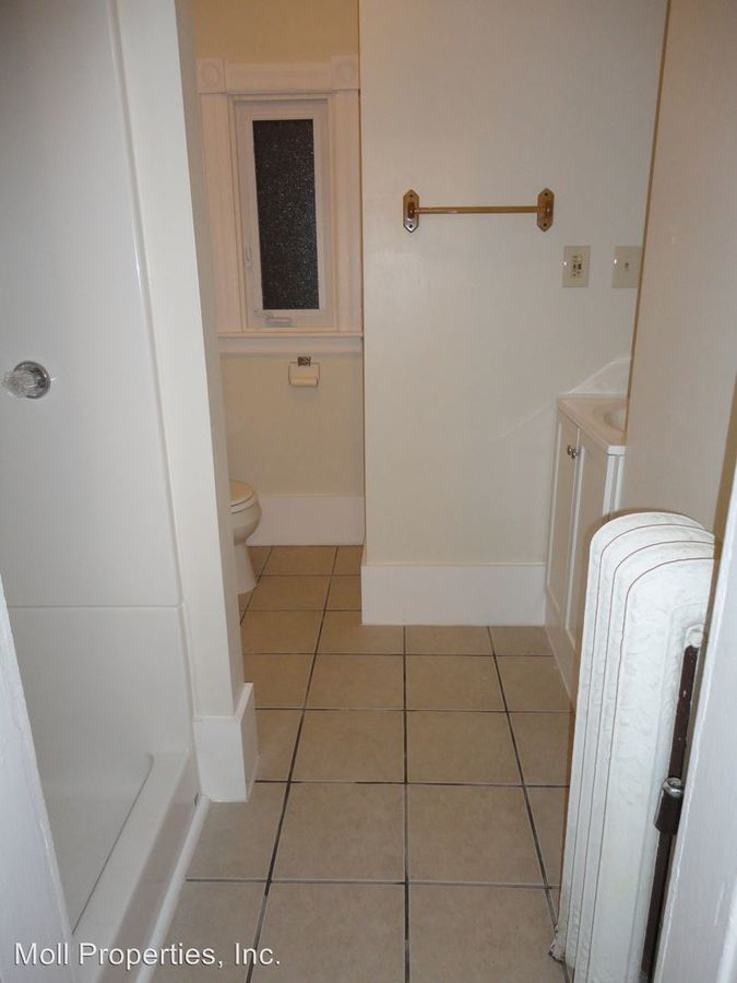2 Bedrooms 1 Bathroom Apartment for rent at 105-07 N. Quarry Street in Ithaca, NY