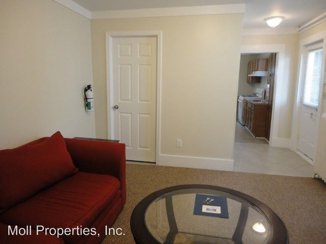 2 Bedrooms 1 Bathroom Apartment for rent at 519 E Buffalo Street in Ithaca, NY