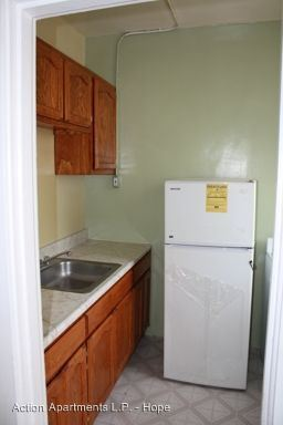 Studio 1 Bathroom Apartment for rent at 1355 S. Hope Street in Los Angeles, CA