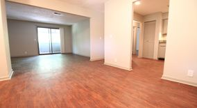 Similar Apartment at 270 Tampa Dr K19