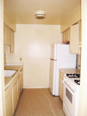 1 Bedroom 1 Bathroom Apartment for rent at Juneau Gardens in Milwaukee, WI