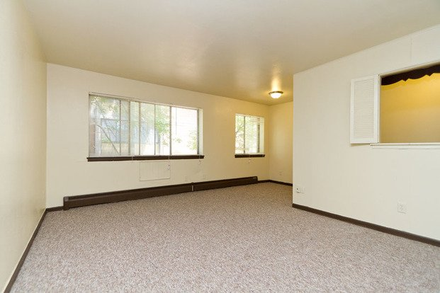 1 Bedroom 1 Bathroom Apartment for rent at 3345 W Highland Blvd in Milwaukee, WI
