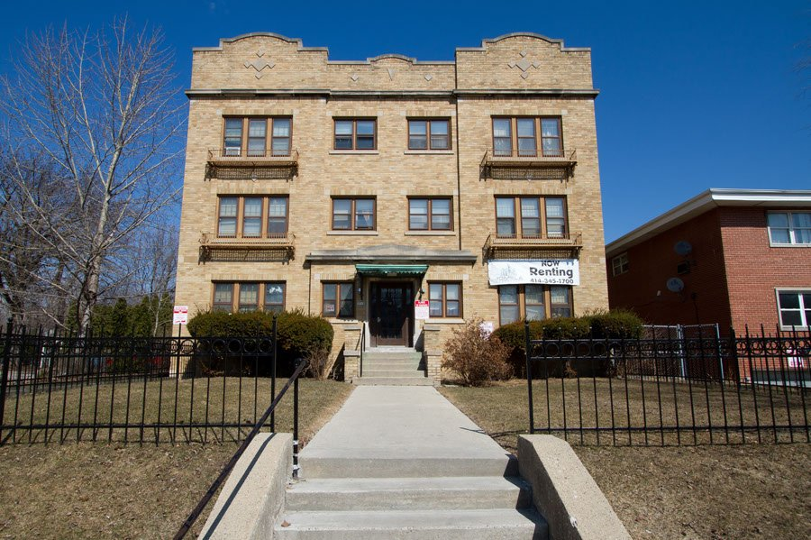 1 Bedroom 1 Bathroom Apartment for rent at 3010 W Wells St in Milwaukee, WI