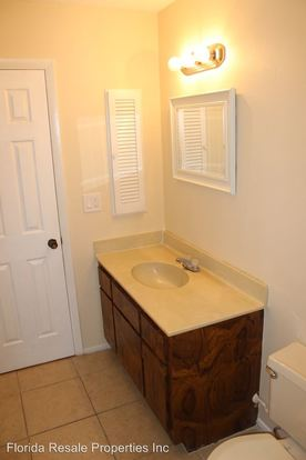 2 Bedrooms 2 Bathrooms Apartment for rent at 1239 Se 23rd Place in Cape Coral, FL