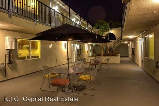 1 Bedroom 1 Bathroom Apartment for rent at 3856 S. Normandie Ave in Los Angeles, CA