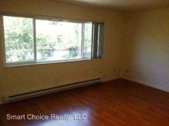 1 Bedroom 1 Bathroom Apartment for rent at 1617 E Jefferson St in Seattle, WA
