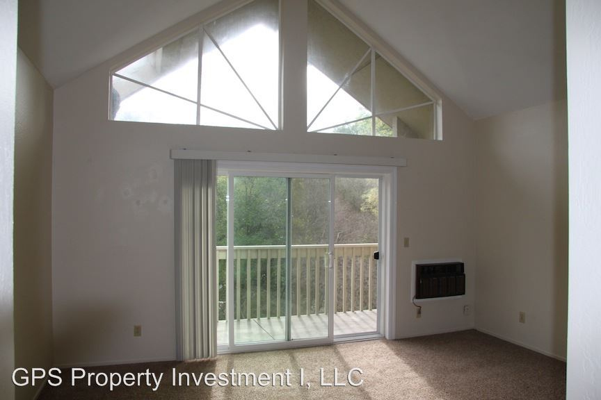 1 Bedroom 1 Bathroom Apartment for rent at 1309 Creekside Drive in Walnut Creek, CA