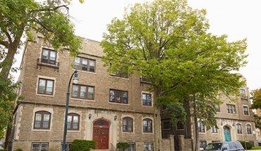Similar Apartment at 1420 E. Capitol Drive