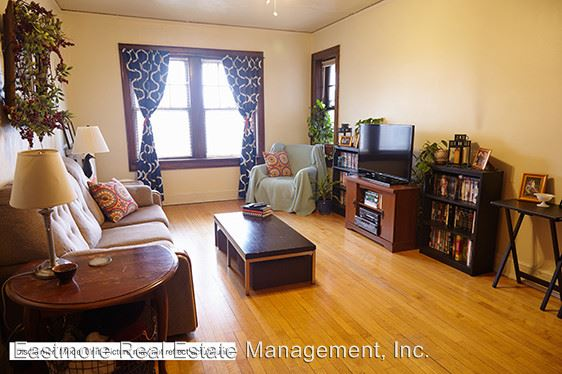 1 Bedroom 1 Bathroom Apartment for rent at 2632 N. Oakland Avenue in Milwaukee, WI