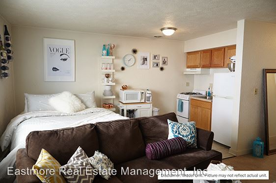 Studio 1 Bathroom Apartment for rent at The Argyle Apartments in Milwaukee, WI