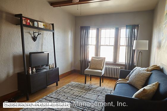1 Bedroom 1 Bathroom Apartment for rent at 4480 N. Oakland Ave. in Shorewood, WI