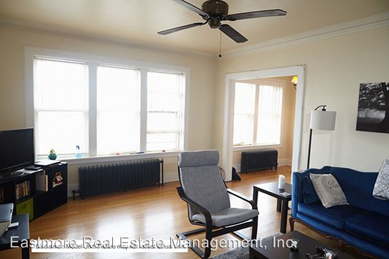 1 Bedroom 1 Bathroom Apartment for rent at 1725 E. Park Place in Milwaukee, WI