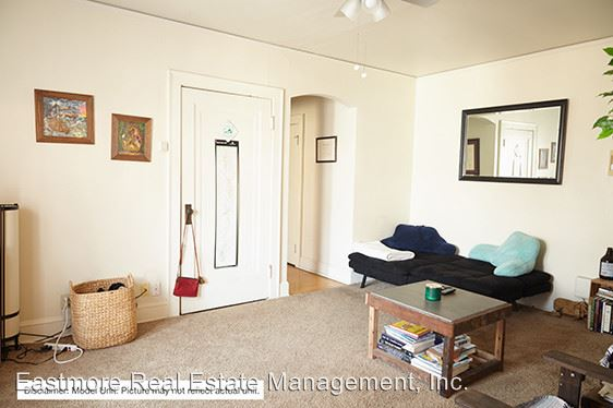 Studio 1 Bathroom Apartment for rent at 2632 N. Oakland Avenue in Milwaukee, WI