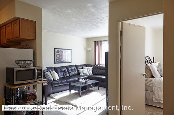 1 Bedroom 1 Bathroom Apartment for rent at The Argyle Apartments in Milwaukee, WI