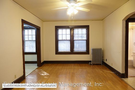 Studio 1 Bathroom Apartment for rent at 1805 E. Park Pl. in Milwaukee, WI