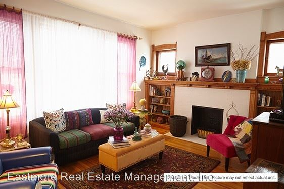 2 Bedrooms 1 Bathroom Apartment for rent at 2301-03 E. Belleview Place in Milwaukee, WI