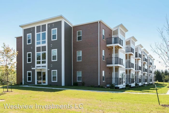 2 Bedrooms 2 Bathrooms Apartment for rent at 2815 Rohret Rd in Iowa City, IA