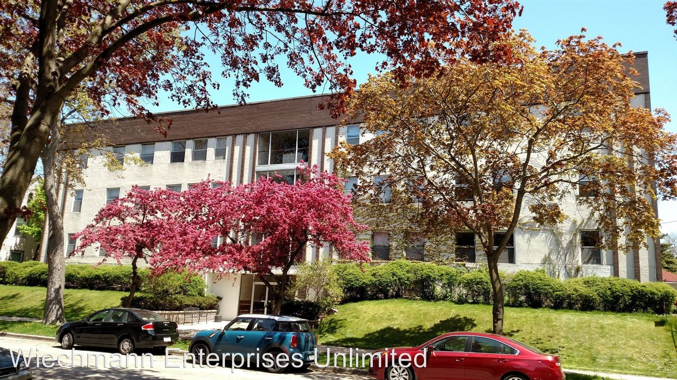 1 Bedroom 1 Bathroom Apartment for rent at Stowell House in Milwaukee, WI