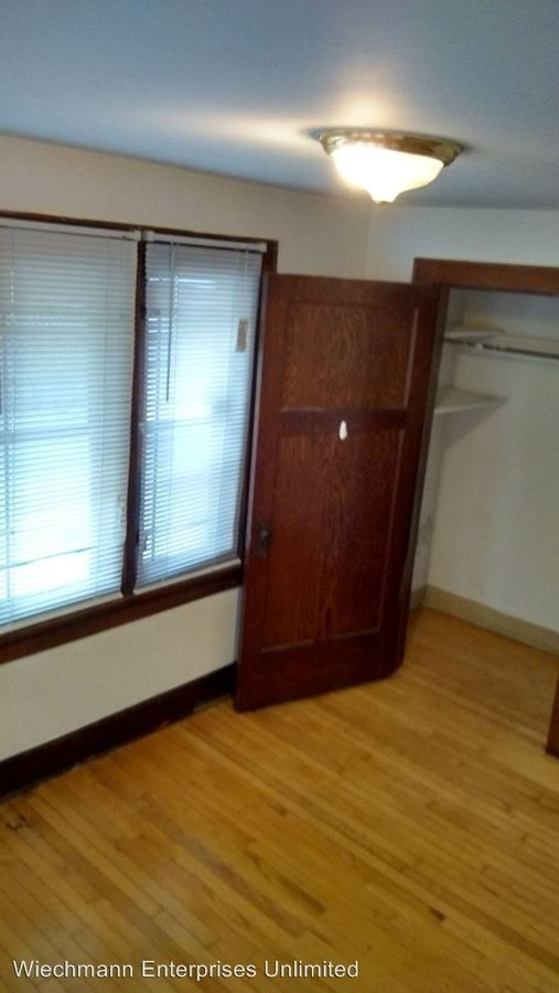 2 Bedrooms 1 Bathroom Apartment for rent at 2856 Bartlett in Milwaukee, WI