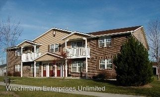 2 Bedrooms 1 Bathroom Apartment for rent at 1520 Portview Drive in Port Washington, WI