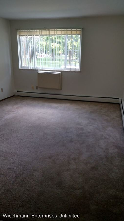 Studio 1 Bathroom Apartment for rent at 2129 Randolph in New Holstein, WI