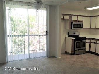 2 Bedrooms 2 Bathrooms Apartment for rent at 2040 Fair Park Avenue in Eagle Rock, CA