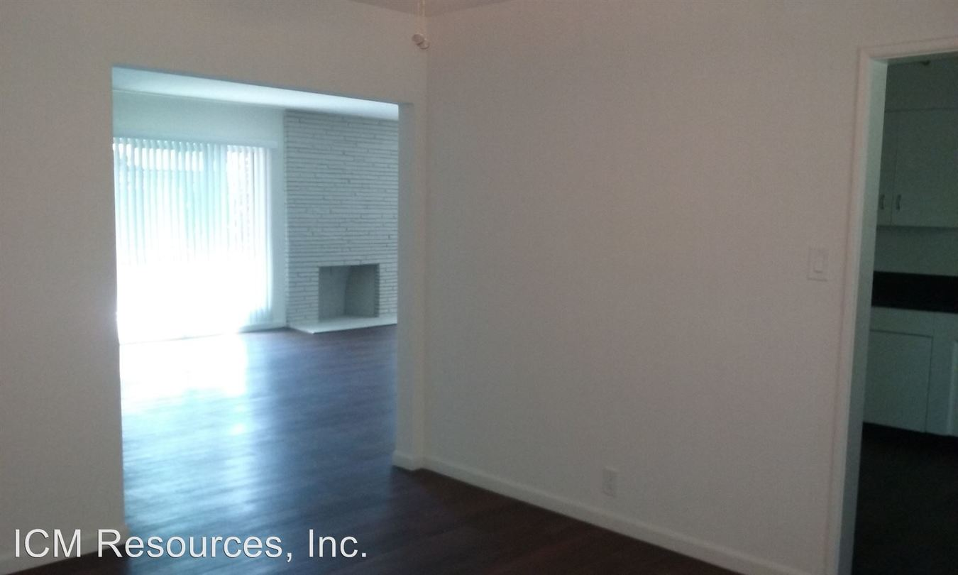 3 Bedrooms 2 Bathrooms Apartment for rent at 1601-1627 Amberwood Drive in South Pasadena, CA
