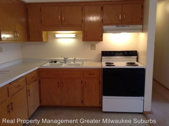 1 Bedroom 1 Bathroom Apartment for rent at 5240 W Midland Dr in Greenfield, WI