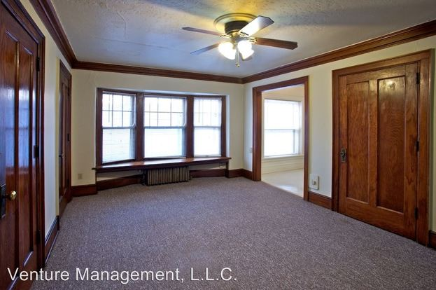 Studio 1 Bathroom Apartment for rent at The Brady Apartments 650 - 16th Street in Des Moines, IA