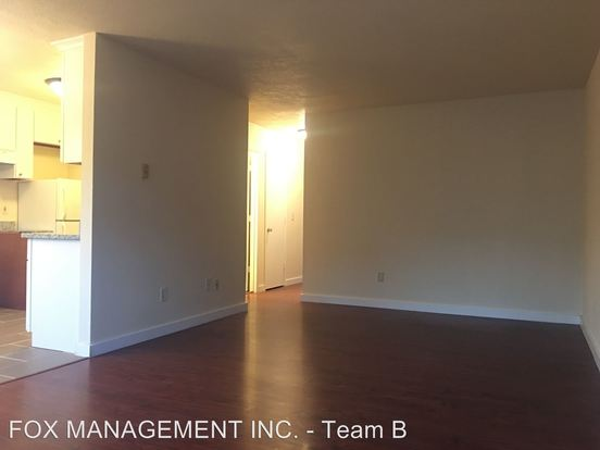 2 Bedrooms 1 Bathroom Apartment for rent at 4125-4149 Ne 82nd Ave in Portland, OR