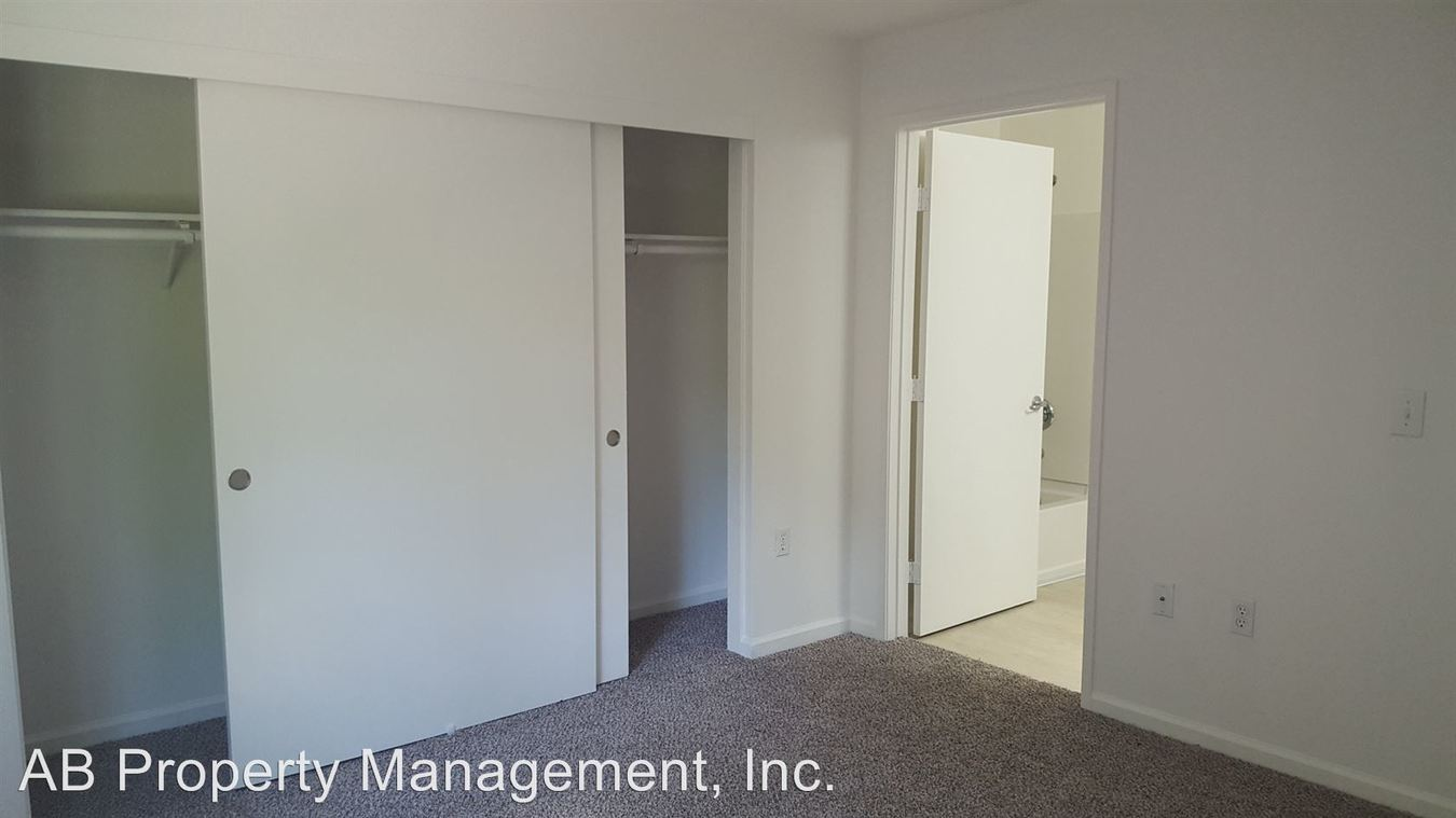 3 Bedrooms 2 Bathrooms Apartment for rent at 2301 Sammy Way in Rocklin, CA