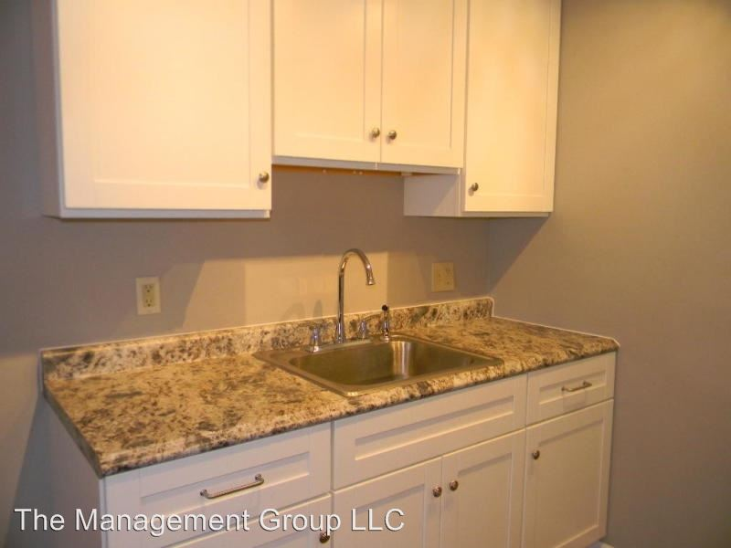 1 Bedroom 1 Bathroom Apartment for rent at 201 North Chicago Avenue in South Milwaukee, WI