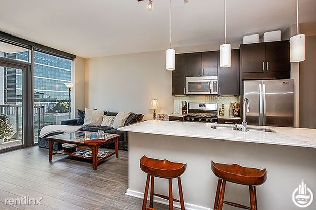 1 Bedroom 1 Bathroom Apartment for rent at 123 N Desplaines St in Chicago, IL