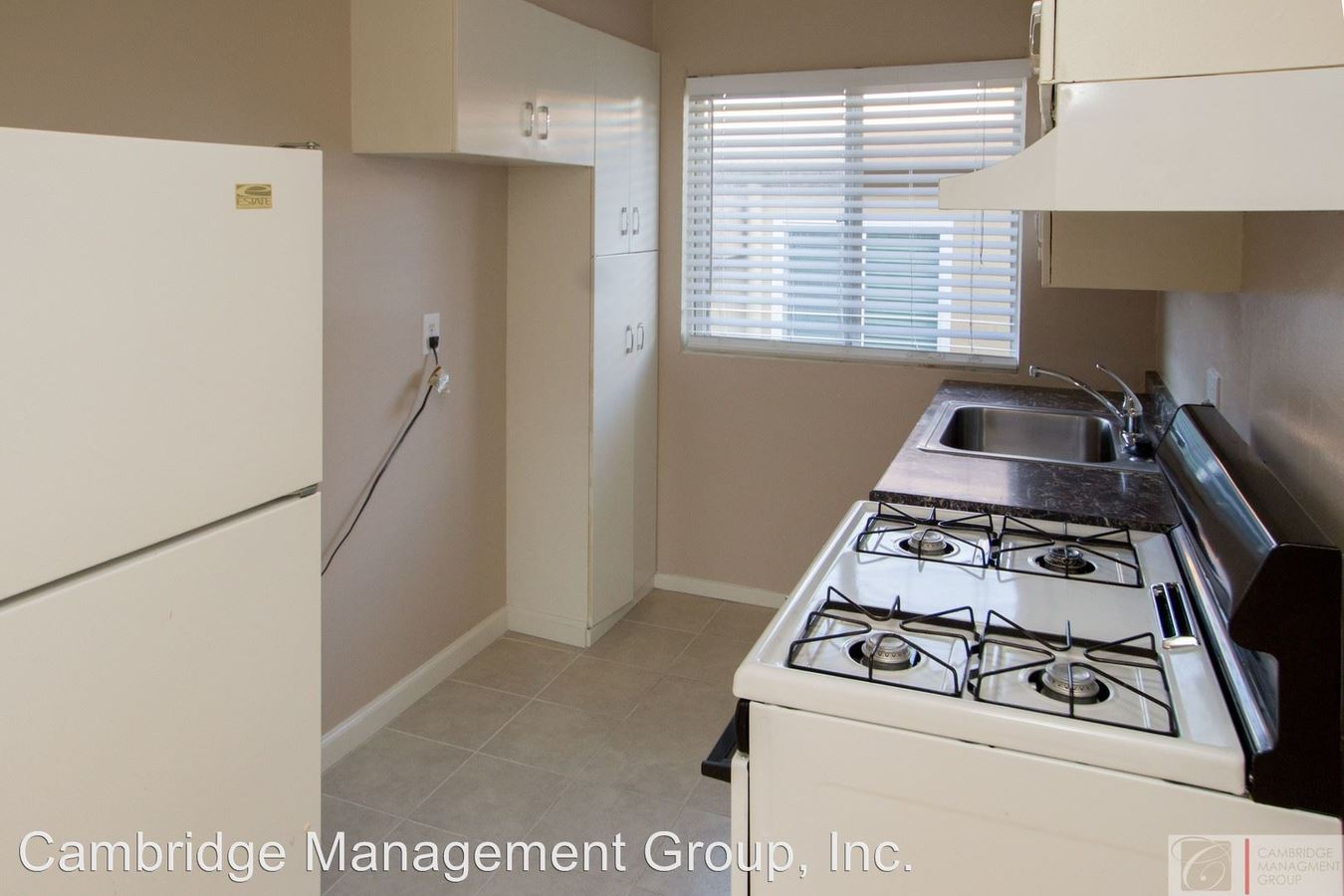 Studio 1 Bathroom Apartment for rent at 2855-2865 A St in San Diego, CA