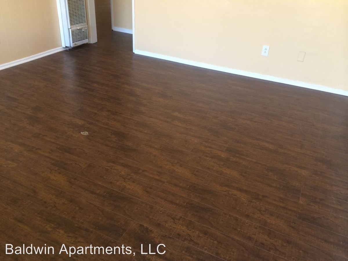 2 Bedrooms 1 Bathroom Apartment for rent at 3937 Gibraltar Avenue in Los Angeles, CA