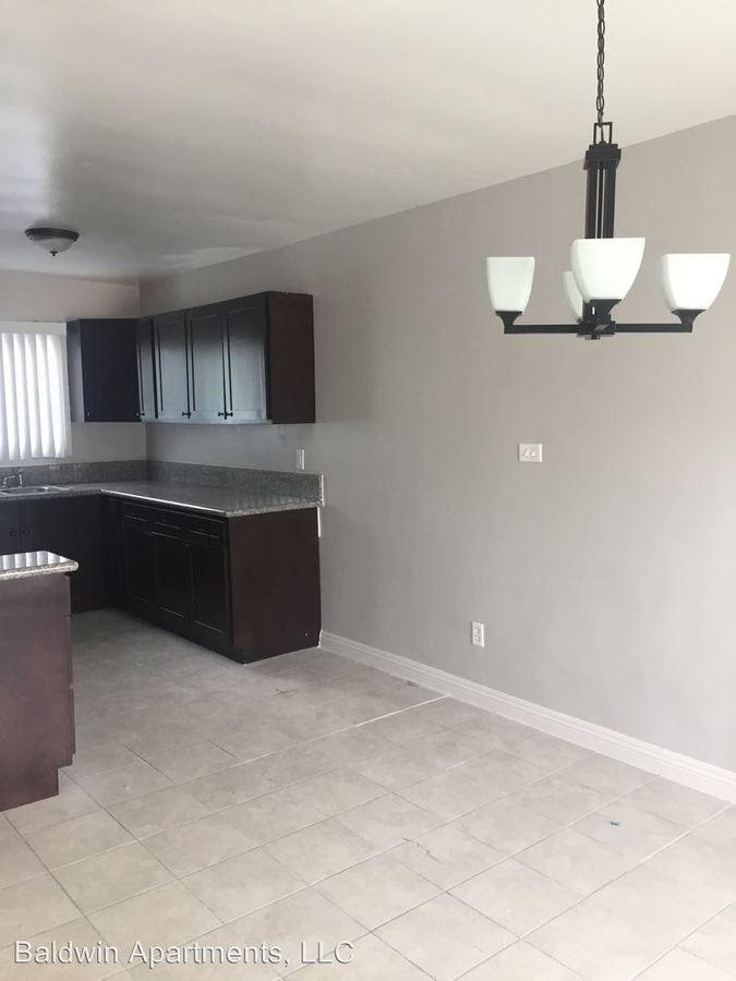3 Bedrooms 2 Bathrooms Apartment for rent at 3939 Stevely Avenue in Los Angeles, CA