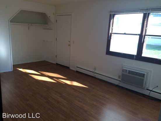 1 Bedroom 1 Bathroom Apartment for rent at 2617 19 Mc Divitt Rd. in Madison, WI