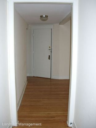 2 Bedrooms 1 Bathroom Apartment for rent at 6738 N. Lakewood Ave. in Chicago, IL