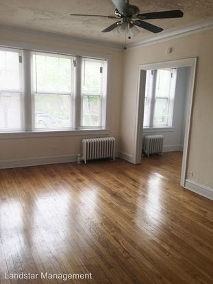 1 Bedroom 1 Bathroom Apartment for rent at 1303 Elmwood Ave. in Evanston, IL