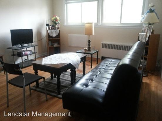 2 Bedrooms 1 Bathroom Apartment for rent at 1822 Monroe St. in Evanston, IL
