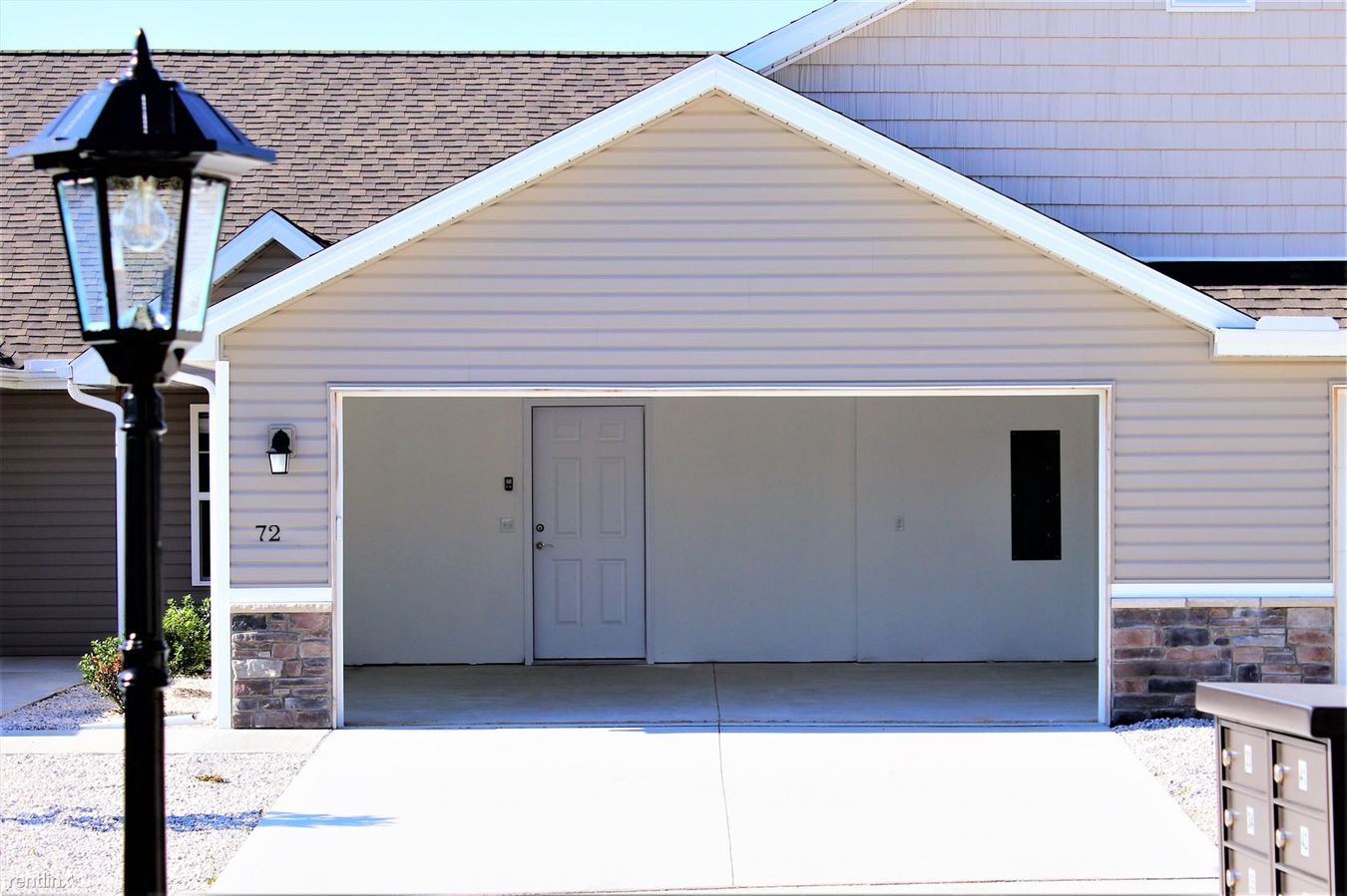2 Bedrooms 2 Bathrooms Apartment for rent at Waterville Colony in Waterville, OH